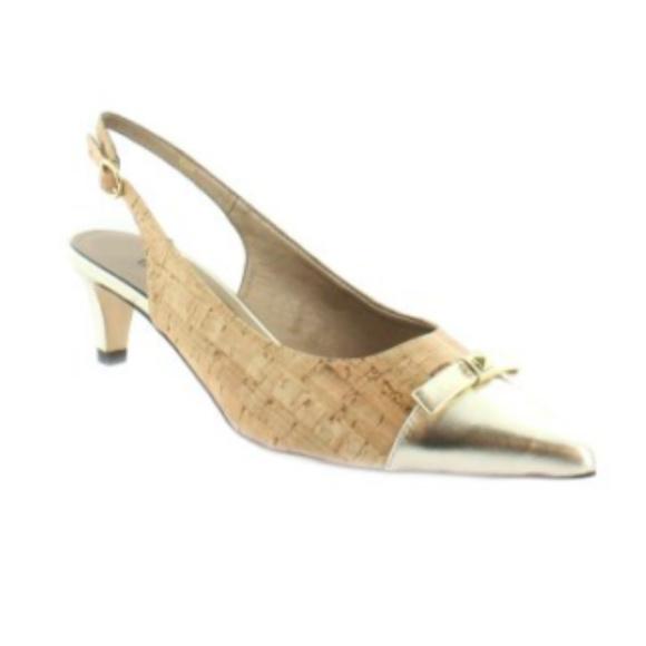 0f957154deb Vaneli Womens Slingback Heels Pointed Toe